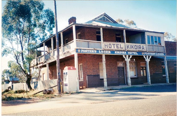 bush pubs the old kikoira hotel central nsw australia. Black Bedroom Furniture Sets. Home Design Ideas