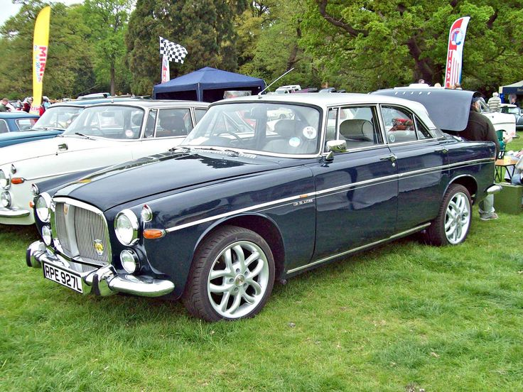https://flic.kr/p/bHH2Vx | 326 Rover 3.5 litre Coupe (1973) | Rover 3.5 litre Coupe (1967-73) Engine 3528cc V8 OHV Production 9091 (Coupe) Registration Number RPE 927 L ROVER SET www.flickr.com/photos/45676495@N05/sets/72157623690660271... Often known as the Rover P5B, they were built on the old P5 Rover 3 litre structure and powered by an ex-Buick light alloy V8 engine with automatic transmission. The Saloon were often used as official cars by Government officials and Cabinet Ministers. The…
