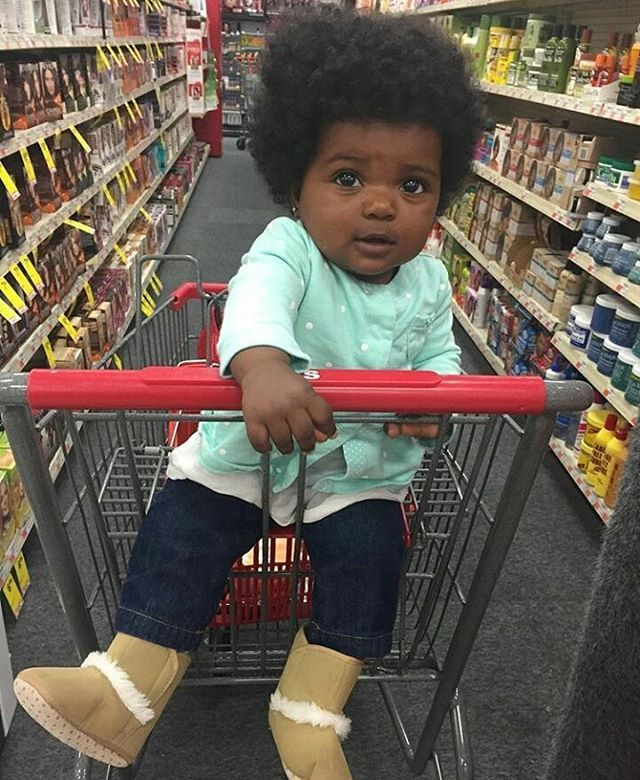 Just some mid day shopping with mommy! : @officialedenjourney