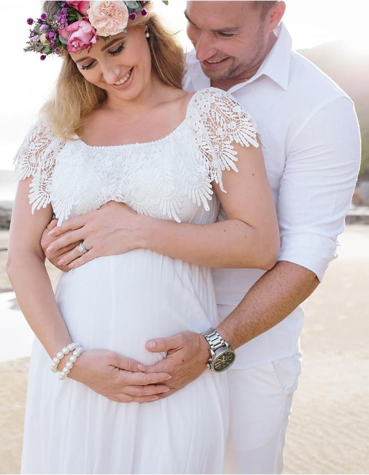 Newcastle Maternity Photography - Andrea + Leif <3  www.hellocharliephotography.com