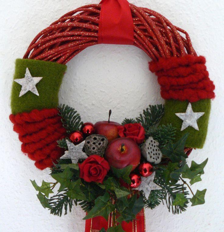 Türkranz rot Weidenkranz mit Äpfeln und Sternen Wollband Wandkranz Weihnachten