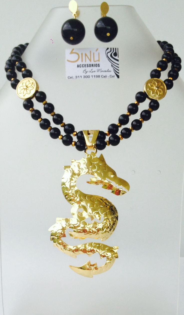 Collar negro drag n bronce con ba o de oro sinu for Accesorios bano negro