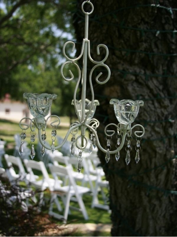 This site lets you buy and sell used wedding supplies. Some really good deals!