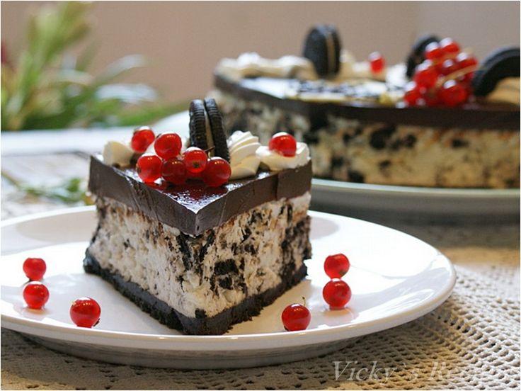 Cheesecake cu biscuiți Oreo sau un desert excelent, fin, simplu, rapid și fără coacere, pe care trebuie neapărat să îl încercați și voi…