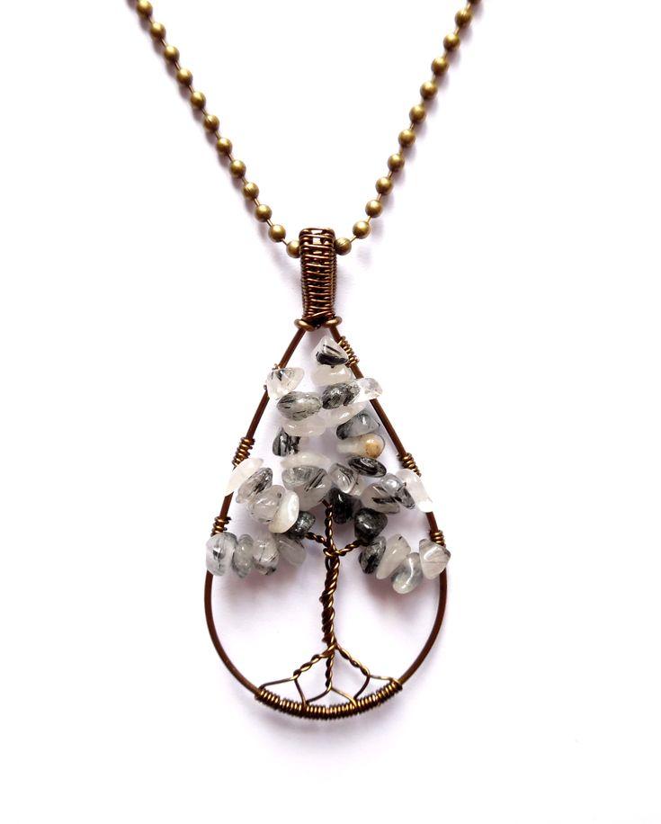 Halsband i brons med livets träd av rutilerad kvarts eller änglahårskvarts som…