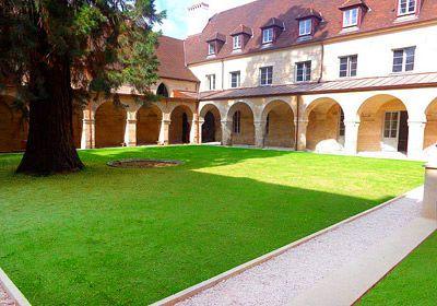 Appart'hôtel Odalys Les Cordeliers prix promo Location Dijon Odalys Vacances à partir de 476,59 € TTC