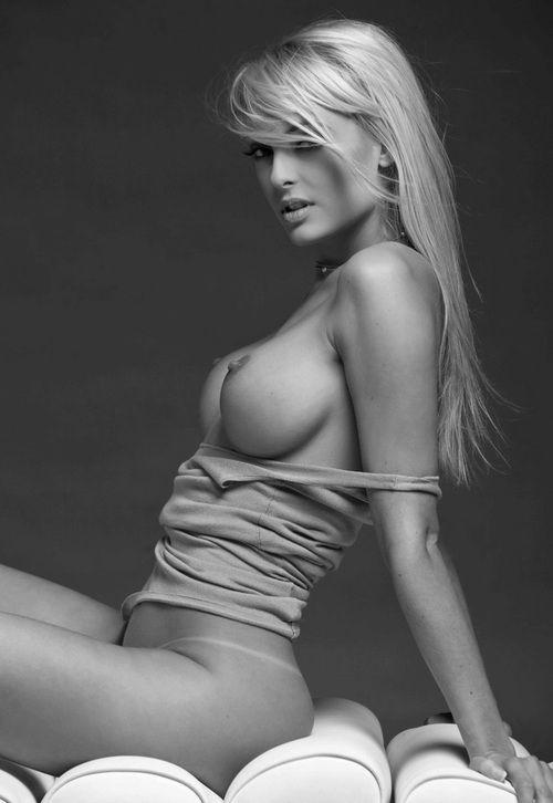 naked-playboy-playmate-blow-jobs-nude-ex-gf-girls