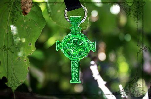 Новый символичный аксессуар брелок кельтский крест