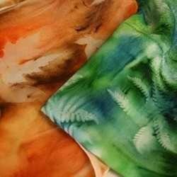 Hand-dyed leaf print scarvesArt Crafts, Leaf Prints, Prints Silk, Hands Di Silk, Hands Prints Gardens, Silk Scarves, Gardens Pictures, Sun Prints, Prints Scarves