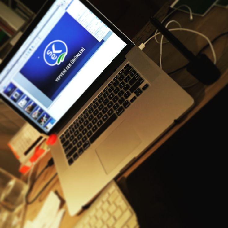 SEK Dünyası için hazırladığımız yeni ürün sunumu hazır! #tasavvuret #iyitasarım #sunum #powerpoint #slide #slayt #layout #sayfa #tasarım #grafik #design #presentation #macbookpro #wacom #intuospro #apple #ankara #ad #agency #studio #reklam #ajans #stüdyo