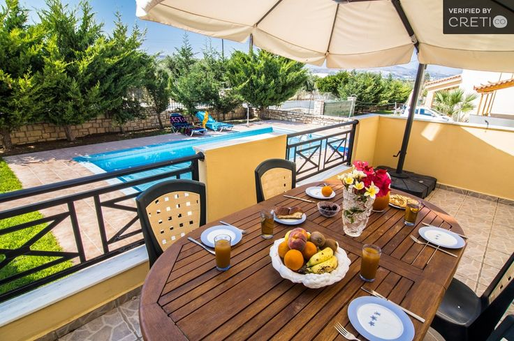 Luxurious residence with salt water pool and sea view, Villas for Rent in Prinos Crete