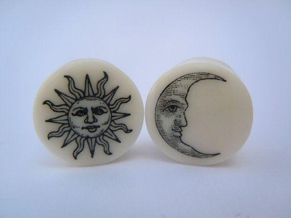 """Organic Plugs / Gauges Sun & Moon 4g /5mm,2g /6mm,0g /8mm,00g /10mm,1/2"""" /12.5mm,9/16"""" /14mm,15mm,5/8"""" /16mm,3/4"""" /19mm,7/8"""" /22mm,1"""" / 25mm..."""