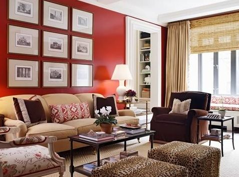 Like the picture frames on the wall, sooo much one could do with that