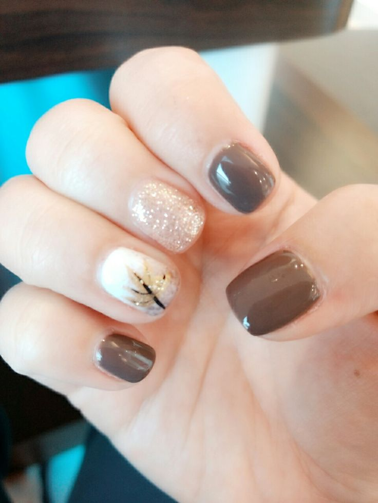 Fun fall Thanksgiving nail design