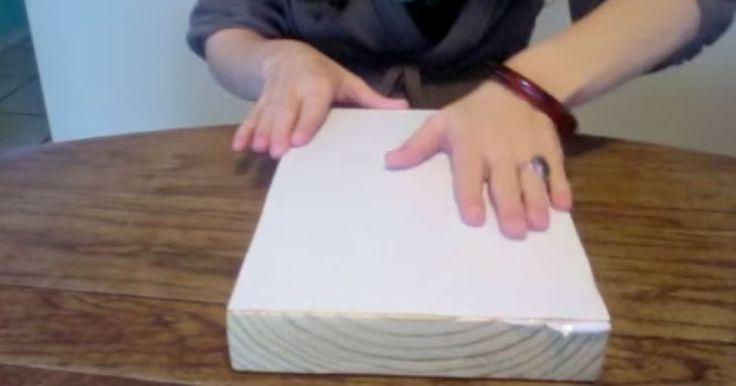 WAUW: Ze plakt een foto op een houten plank, wat ze er toen mee deed is echt geweldig! Heel makkelijk, jij kan het ook!