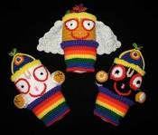 Chakra: An example of knitted Jaganatha dolls with hand embroidery for eyes and other details. This would not be very difficult for children who have basic knitting ability.