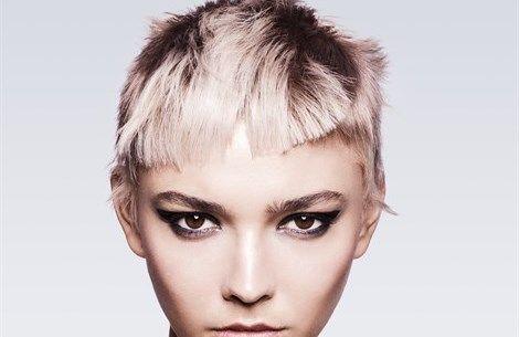 Capelli: tutti i colori da provare questa primavera - VanityFair.it  http://www.vanityfair.it/beauty/capelli/17/02/06/tendenza-colore-capelli-pastello-rosa-grey-chocolate