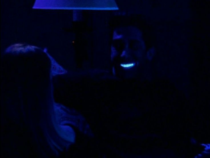 Its 1999 and Ross, played by David Schwimmer, had his teeth whitened ahead of a date.