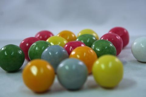 bubblegum balls tutti frutti flavoured multicoloured bubblegum balls