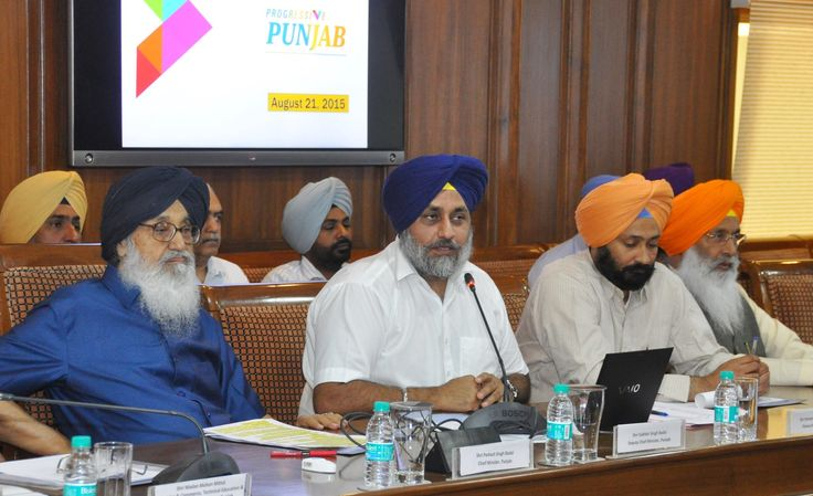 CM Parkash Singh Badal and Sukhbir Singh Badal offered a plug and play industrial park adjoining the international airport, Mohali exclusively to prospective South Korean investors for setting up their ventures in the state. #Youth#Akali#Dal #CM#Parkash#Singh#Badal #Sukhbir#Singh#Badal