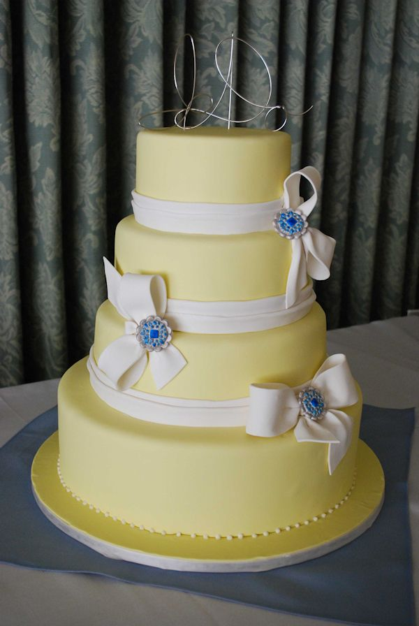 wedding cake silver ribbon yellow wedding cake with silver ribbon more ideas for 24552