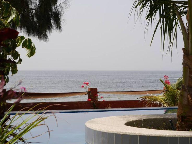 Esta casa é uma janela aberta para... O PARAÍSO! :) #EncantosDeÁfrica http://www.homeaway.pt/arrendamento-ferias/p6413274?flspusage=fl&utm_source=pinterest&utm_medium=social&utm_term=6413274-senegal&utm_content=prop-image&utm_campaign=3ago