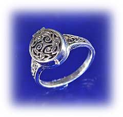 Spirals and Knots Poison Ring - Spirals and Knots compliment each other perfectly in this unusual triple knot.