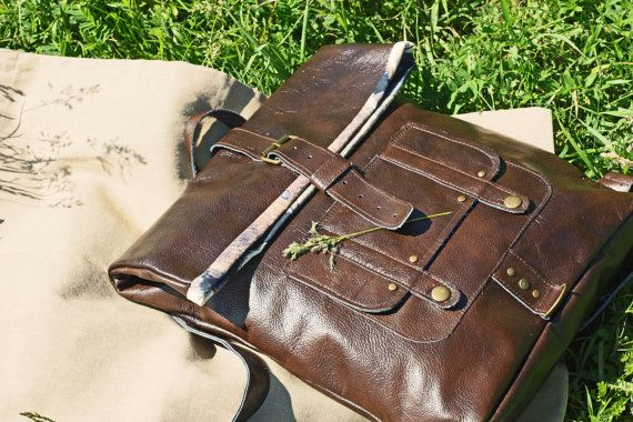 Leather Backpack roll top Vintage Looking Bag We made it. We like it. #bagpack #leather #handmade #sale #rolltop #vintage #rucksack #bag #leatherbag #wood #cotton #russia #travel #retro