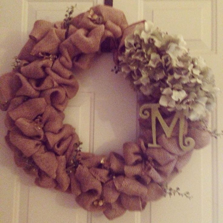 Wreath I made for my mama #wreath #burlap #hydrangea