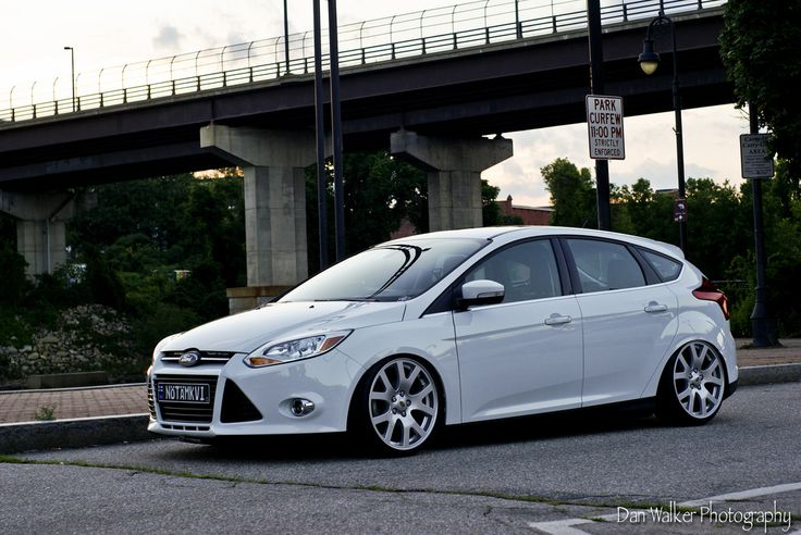 white ford focus mk3 rs st ford focus st tuning pinterest ford focus and ford. Black Bedroom Furniture Sets. Home Design Ideas