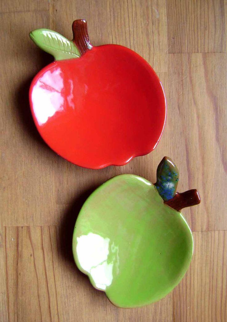 Apple Ceramic Madge