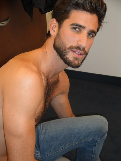 Can we talk about how this man looks like a perfect version of Darren Criss?: Beards, Eye Candy, This Man, 1Men Hairy, Face Smile Eyes, Andrew Coslow, Short Beard, Sexy Men