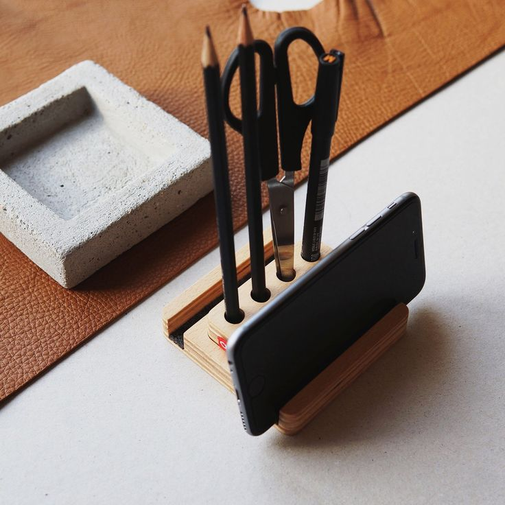 Our functional & compact OONA wooden smartphone stand