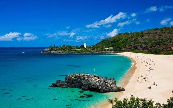 Set along the dramatic, less-developed north shore of Oahu, Waimea Bay is one of the island's most f... - Hawaii Tourism Authority (HTA) / Tor Johnson