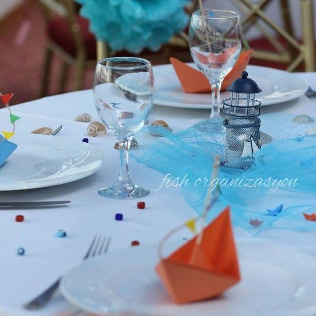 Deniz kokulu düğünler yapıyoruz #düğün #dugun #gelin #damat #organizasyon #kutlama #nisan #deniz #gemi #kayik #mavi #dekorasyon #masasusleme #wedding #konsept #tasarim #butik #weddingplanner #designyourday #designyourwedding #turuncu #bride #tabledecoration #izmir #cesme #beach #fishorganizasyon