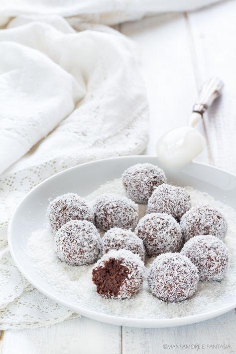 Le palline #cocco #ricotta e #cacao sono dei #dolci #tartufini facili e veloci s…