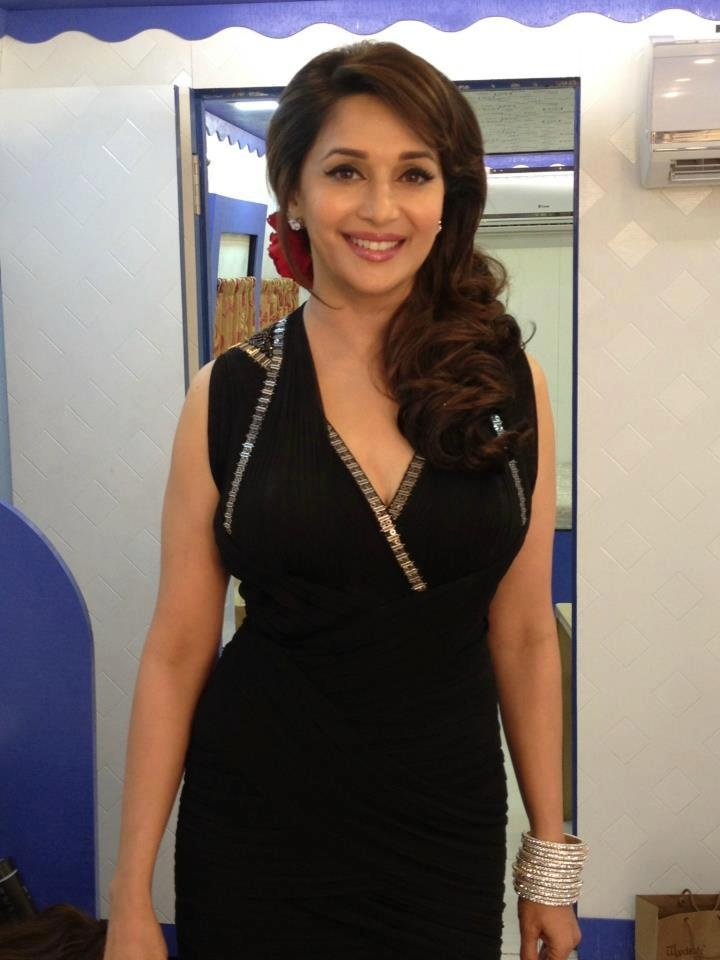 madhuri hair style 93 best images about madhuri on icons 6340 | a820e28d13b8334a75eef1982b7318cf madhuri dixit hair styles