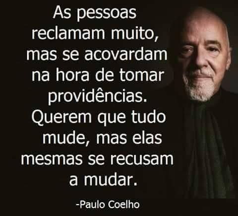 Paulo Coelho Eu mudei pra minha felicidade'