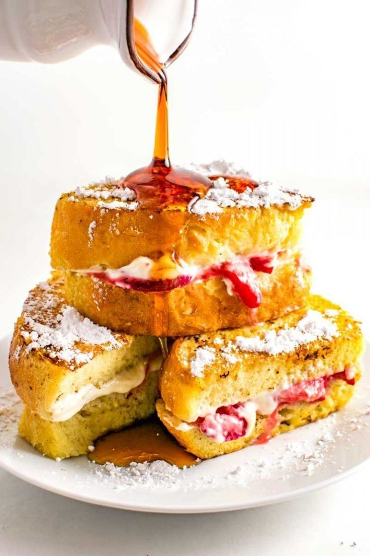 Strawberry Stuffed French Toast - Strawberry Stuffed French Toast! This thick v… in 2020 ...