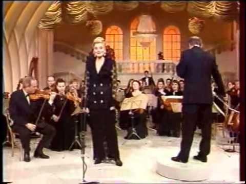 "Puccini, Tosca: ""Vissi d'arte"" - Karita Mattila (1997)"