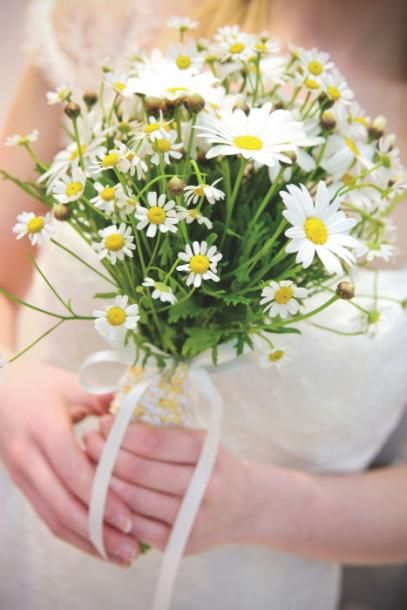 bridal wildflower bouquet | Wildflower bouquet, Flourish & Green