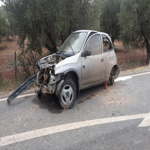 Um rapaz de quatro anos morreu ontem na EN385, perto do Sobral da Adiça, concelho de Moura, na sequência do despiste da viatura onde seguia com os pais e uma irmã bebé, de 18 meses, que foi helitransportada para um hospital de Lisboa. #bombeiros #gnr #inem