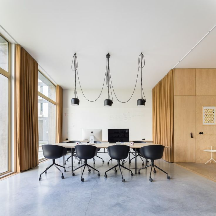 Sílvia Rocio, Mariana Póvoa, Esse Studio, Francisco Nogueira · Pure Office
