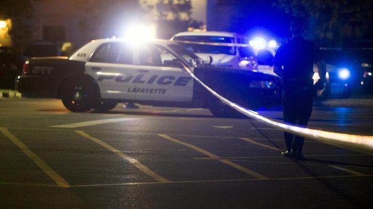 (Vídeo) Policías disparan a quemarropa a hombre negro en EE.UU.