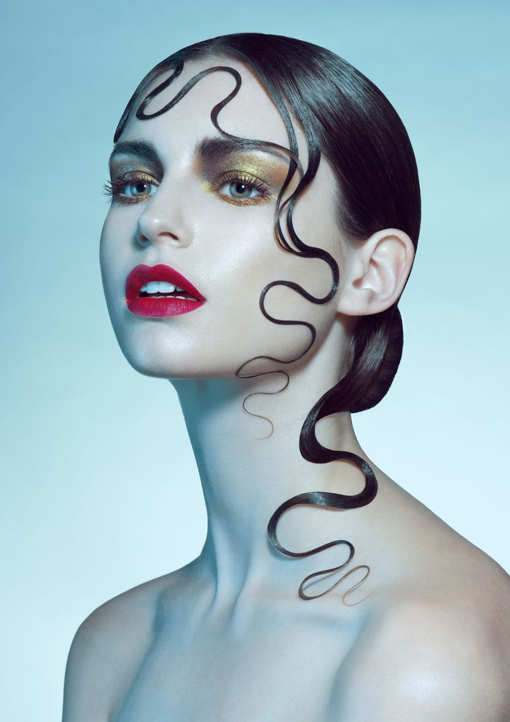 Photographer: Joanna Kustra Hair: Kasia Fortuna Makeup: Laura Louise Model: Vanessa Grasse @ M±P Models