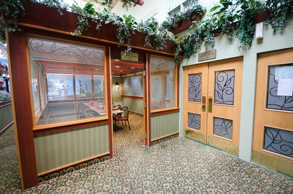 Private Dining Room at Canad Inns Garden City http://www.canadinns.com/stay/stay-main.php?entry_id=8567