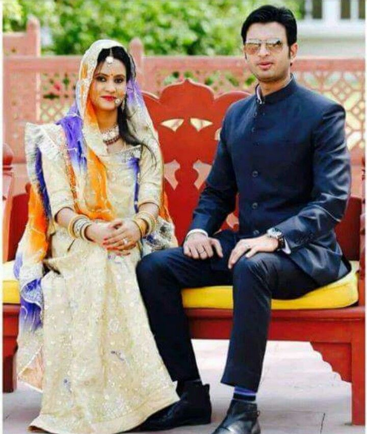 Royalty served at its best !  Cute n stylish ☺✌ Rajput Couple ❤❤