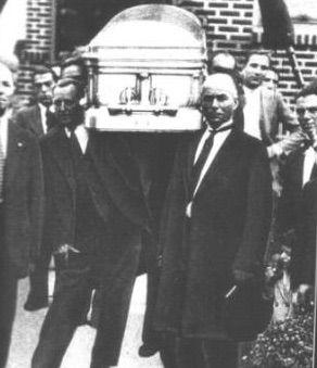 "Salvatore Maranzano's coffin, 1931 Maranzano, the last Italian born Mafia don, was shortly Capo Di Tutti Capi of the New York Mafia. In 1931, after the end of the Castellamarrese War, Charles ""Lucky"" Luciano and Meyer Lansky betrayed Maranzano and sent the Jewish Hitman Samuel ""Red"" Levine and three other men to kill Maranzano, securing their predominance over the New York Mafia."