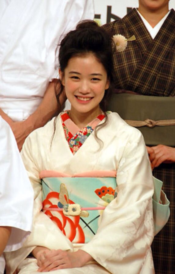 Ms. Yu Aoi, outstanding actress.
