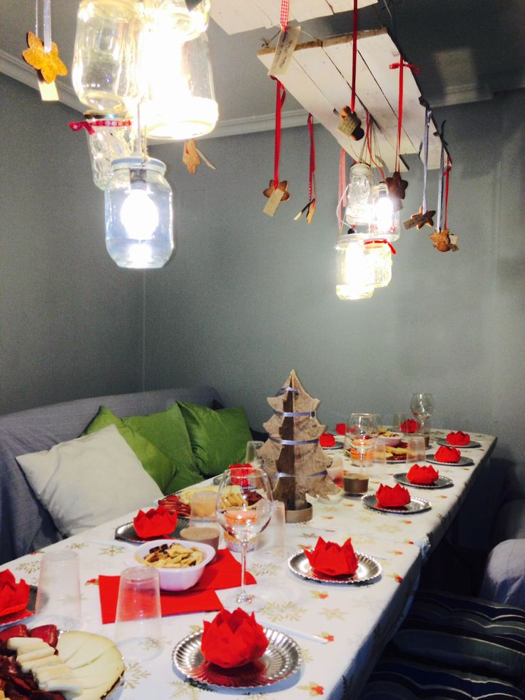 #glass, #christmas, #dinner, #lamp, #palet, #cena, #navidad, #lampara, #conservas, #botes, #luces
